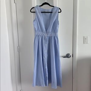Beach dress with V neck